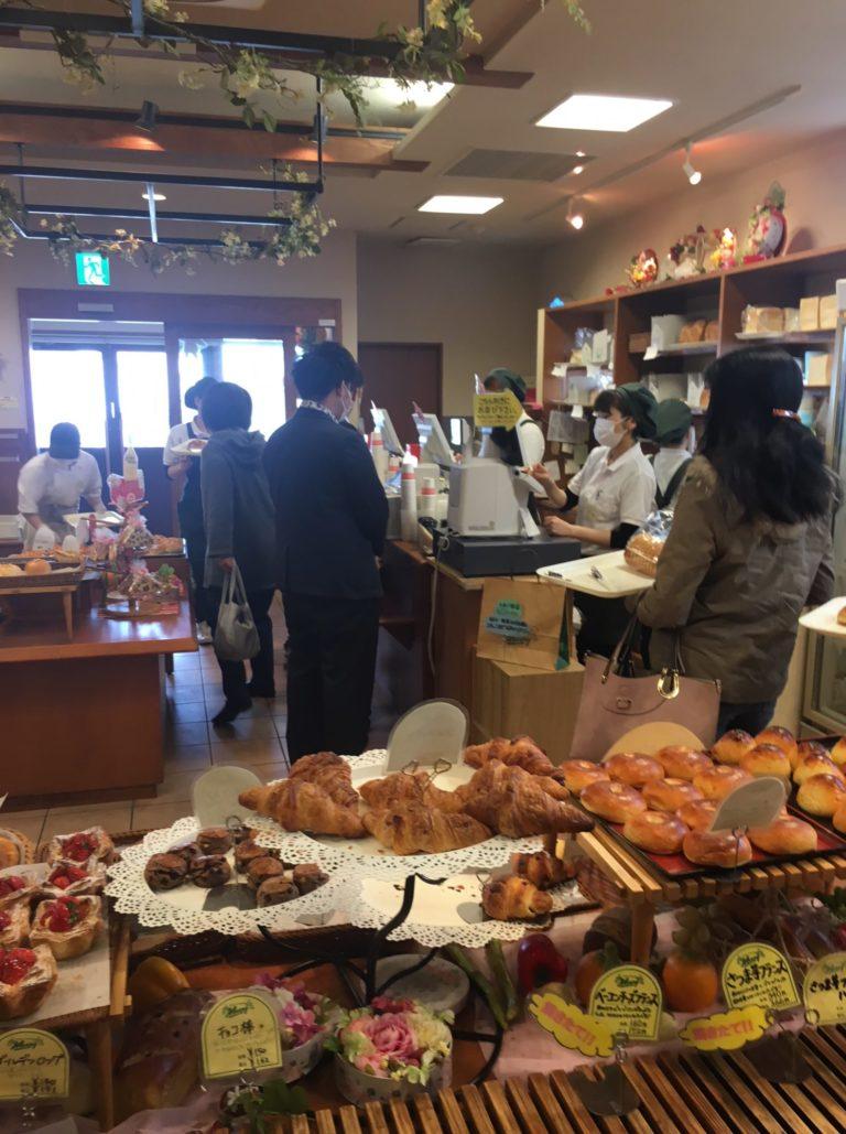 松山の実力派パン屋「パンステージ メリー」