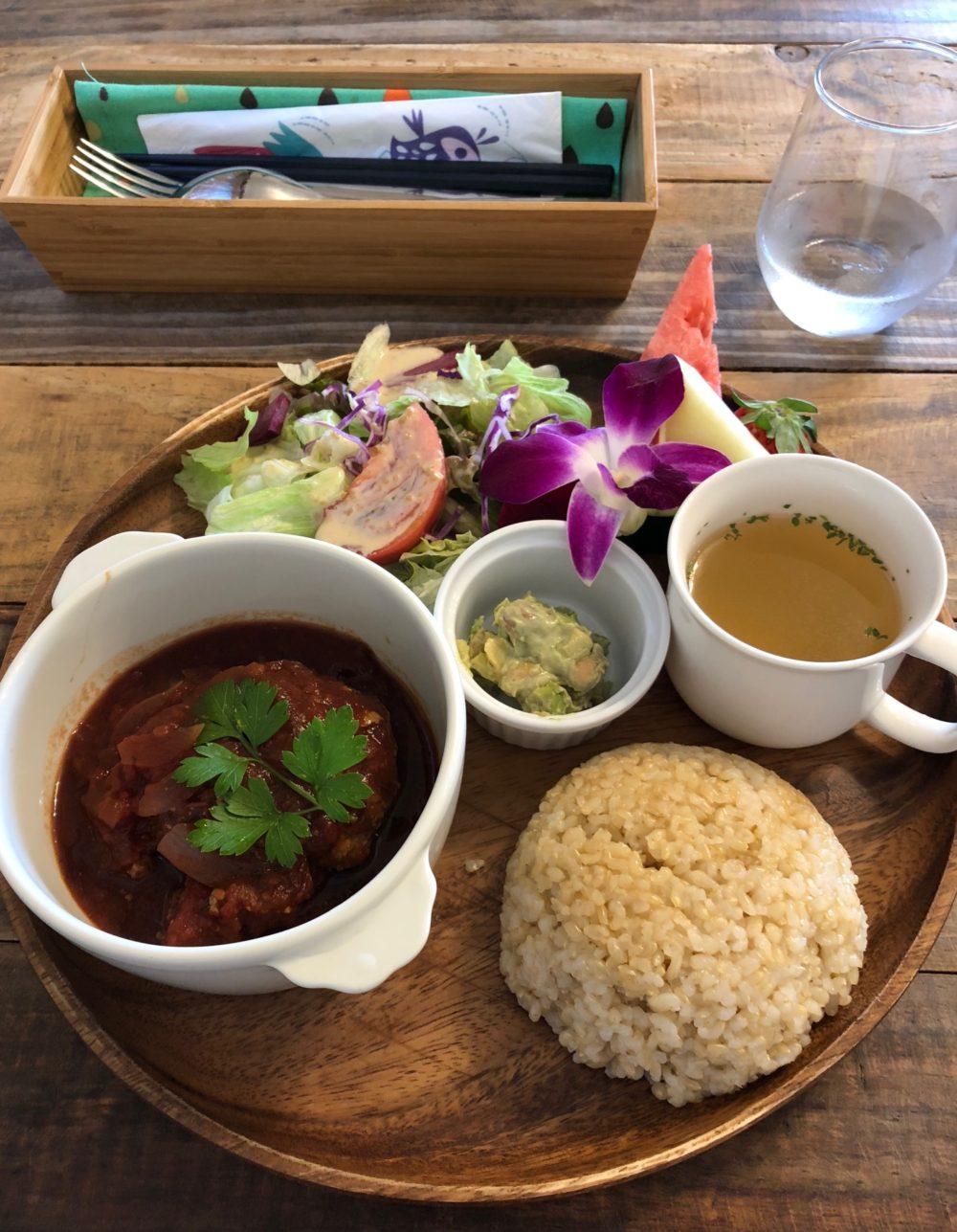 ハワイアンカフェ「ハレマウマウ」
