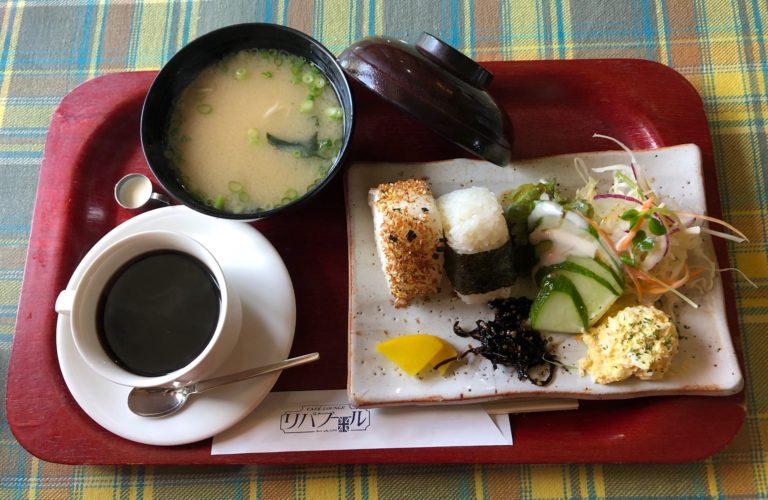 観音寺市の喫茶店リバプールの和食モーニング