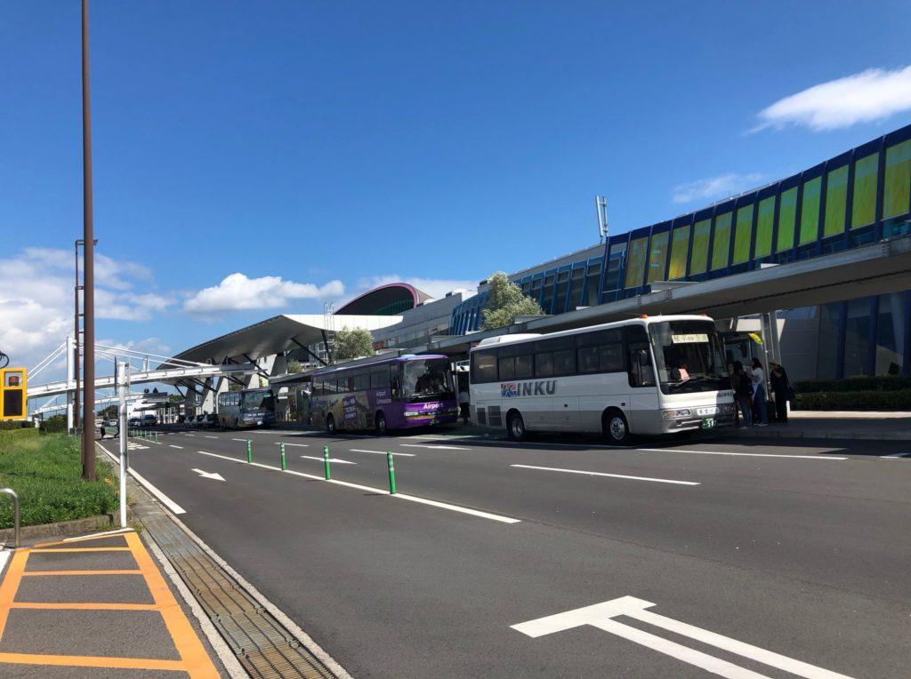 高松空港を正面から撮影