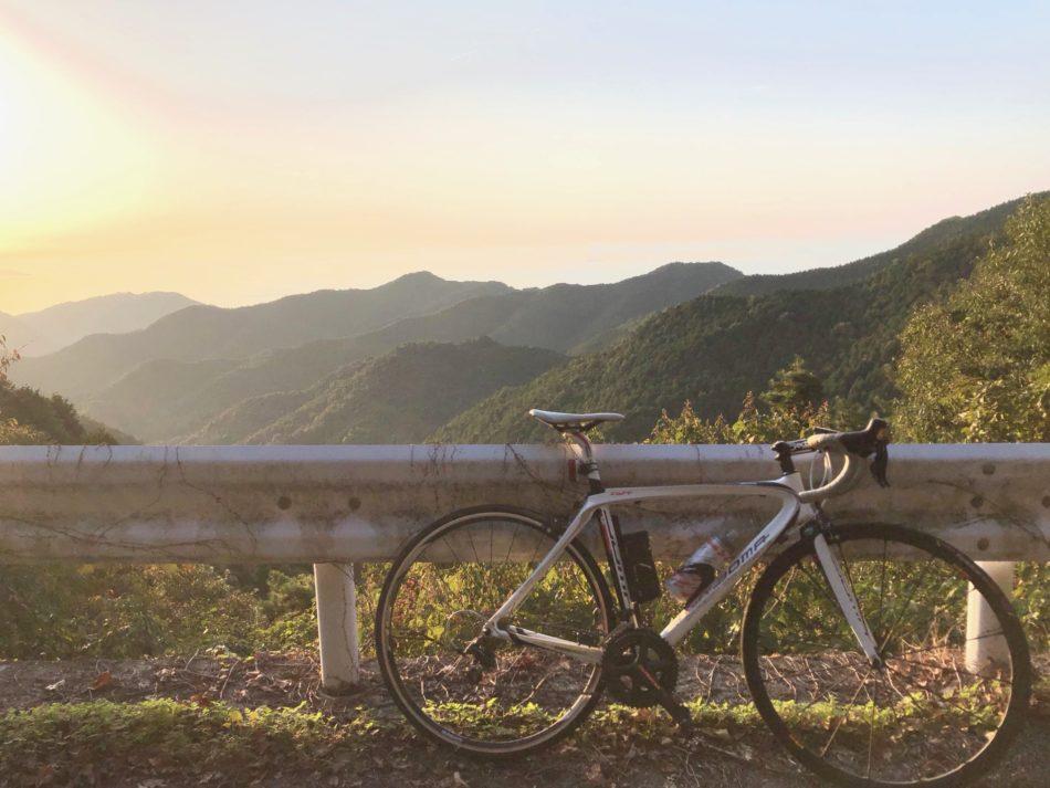 切山から四国中央市を眺める