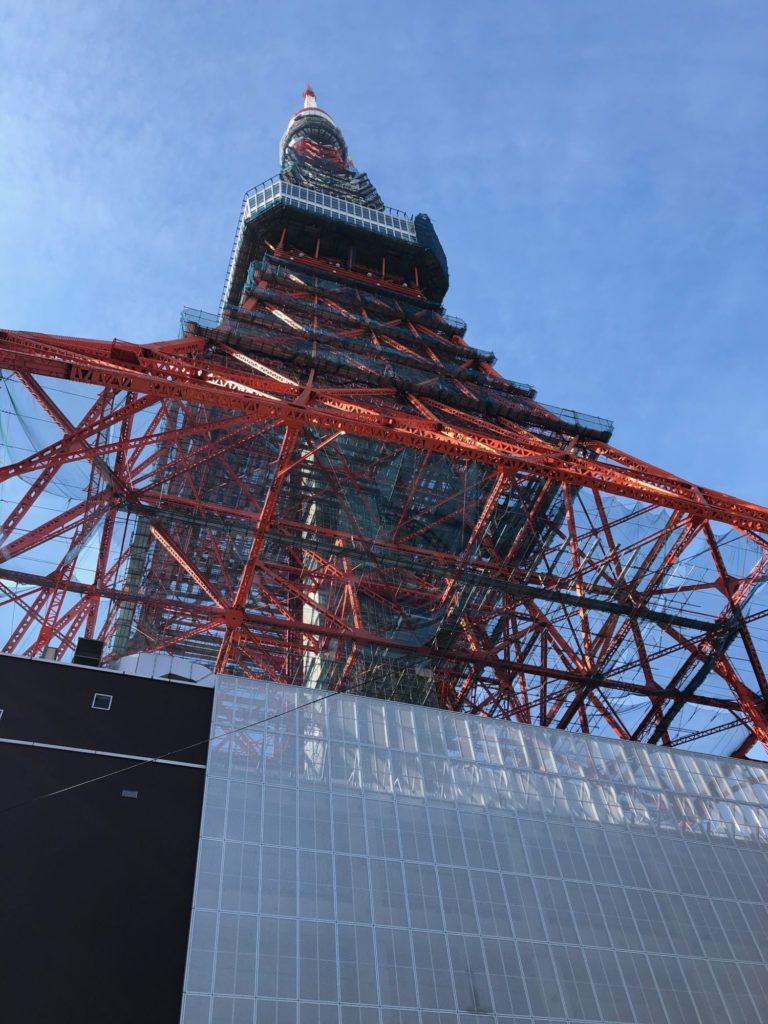 東京タワーを裏側から撮影