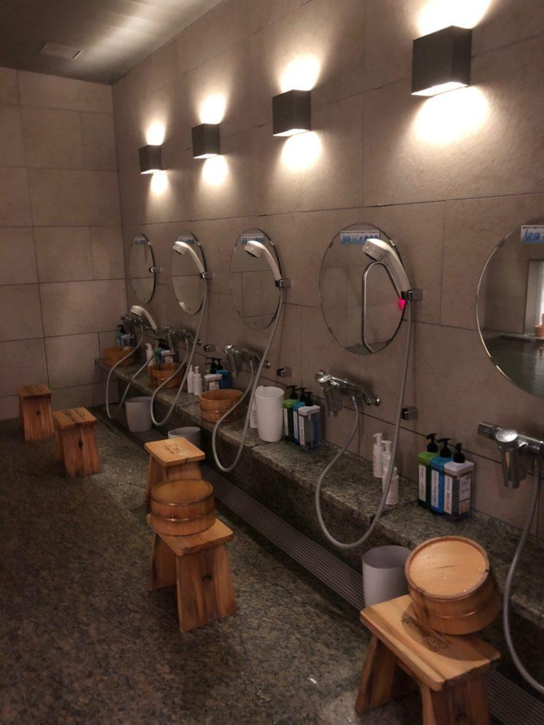 LOHAS赤坂の大浴場の洗面台