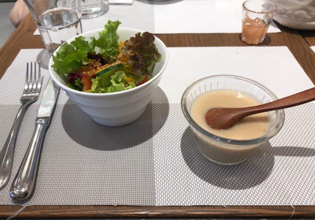メゾン・ランデュメンヌのサラダとスープ
