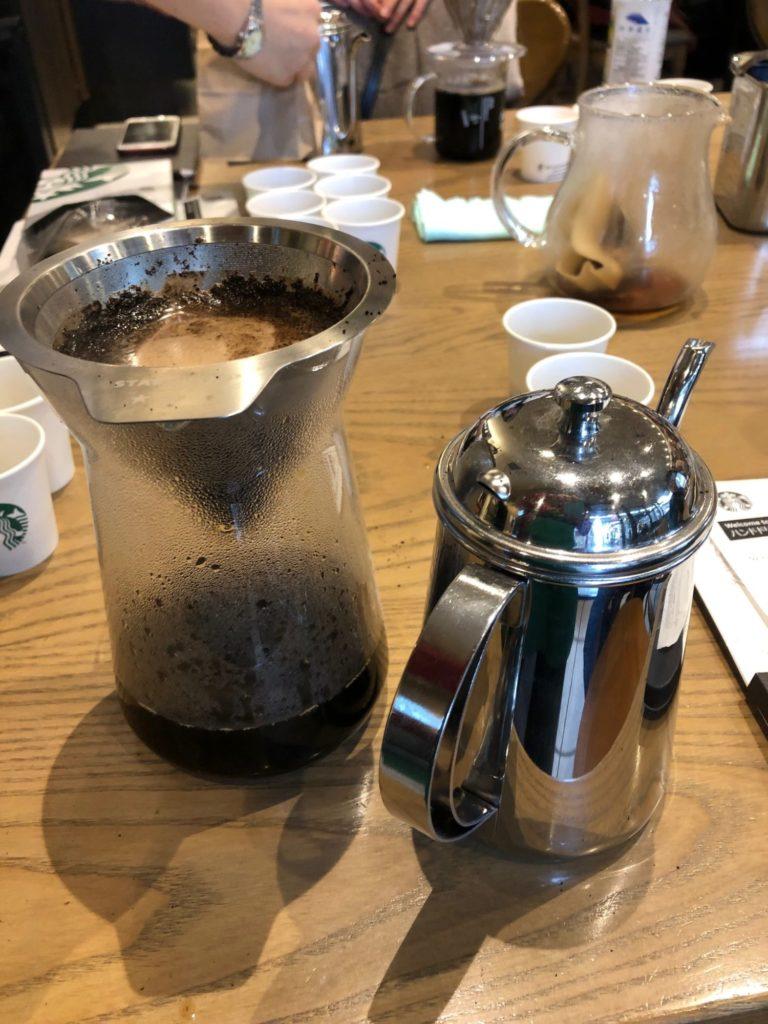 コーヒーオイル有りのハンドドリップ